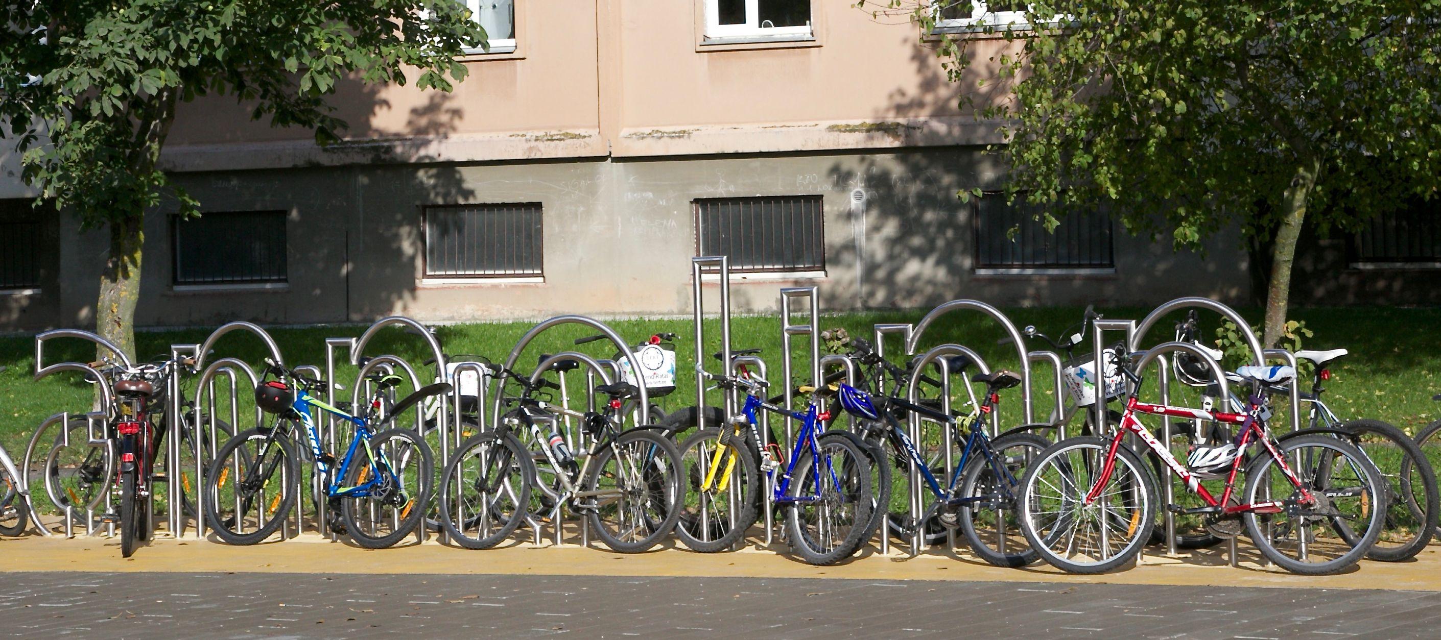 95a9629f112 Linn toetab ühistute rattaparkla ja jäätmemaja ehitamist või  süvakogumismahutite paigaldamist. Tartu Linnavalitsuse pressiteade.  rattaparkla