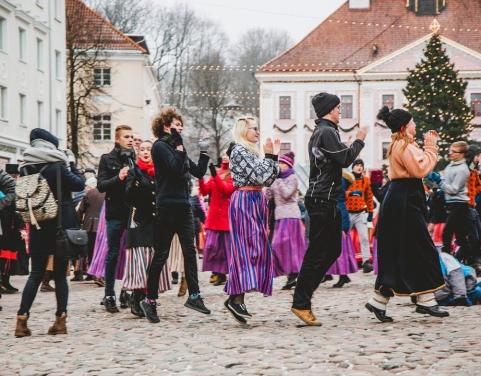 Embedded thumbnail for Wintry Tartu Folk Dance Day 2019
