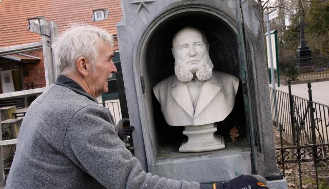 Jannseni hauamonumendi restaureerimine