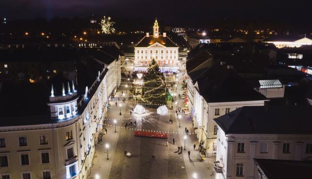 raekoja platsi jõululinn