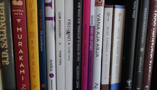 Raamatud riiulis