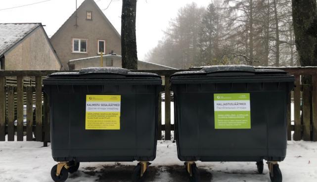Uued prügikonteinerid Tartu kalmistutel