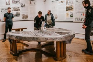 Tartu rahu laua kolimine 27. jaanuaril, foto: Mana Kaasik