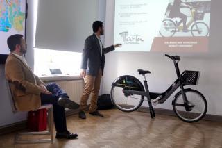 Bewegen esitleb oma rattaid 4. mail 2018