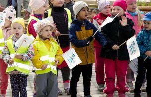 Из-за широкого распространения коронавируса и ужесточения ограничений Тарту не будет требовать с родителей плату за место в детском саду